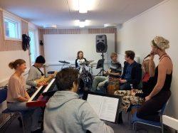 Simon från Musiklinjen berättar om livet på Kaggeholm