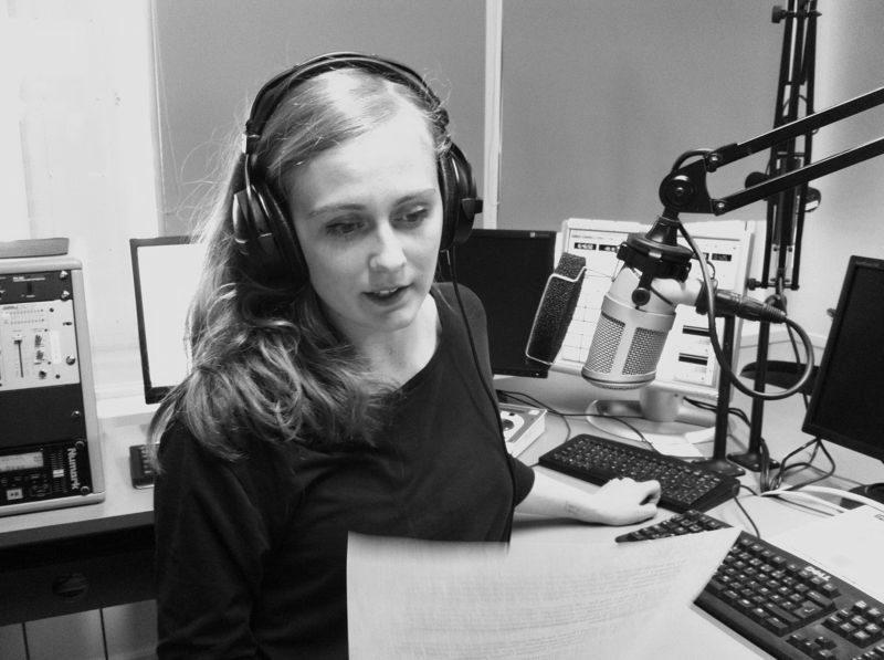Vädersnack och synttrummor på Radio1