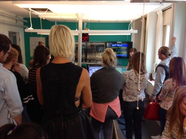 Journalisterna besöker Sveriges Radio inför sina egna sändningar