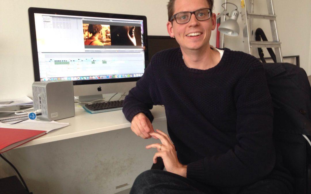 Läs om Thomas som praktiserar på Momento film