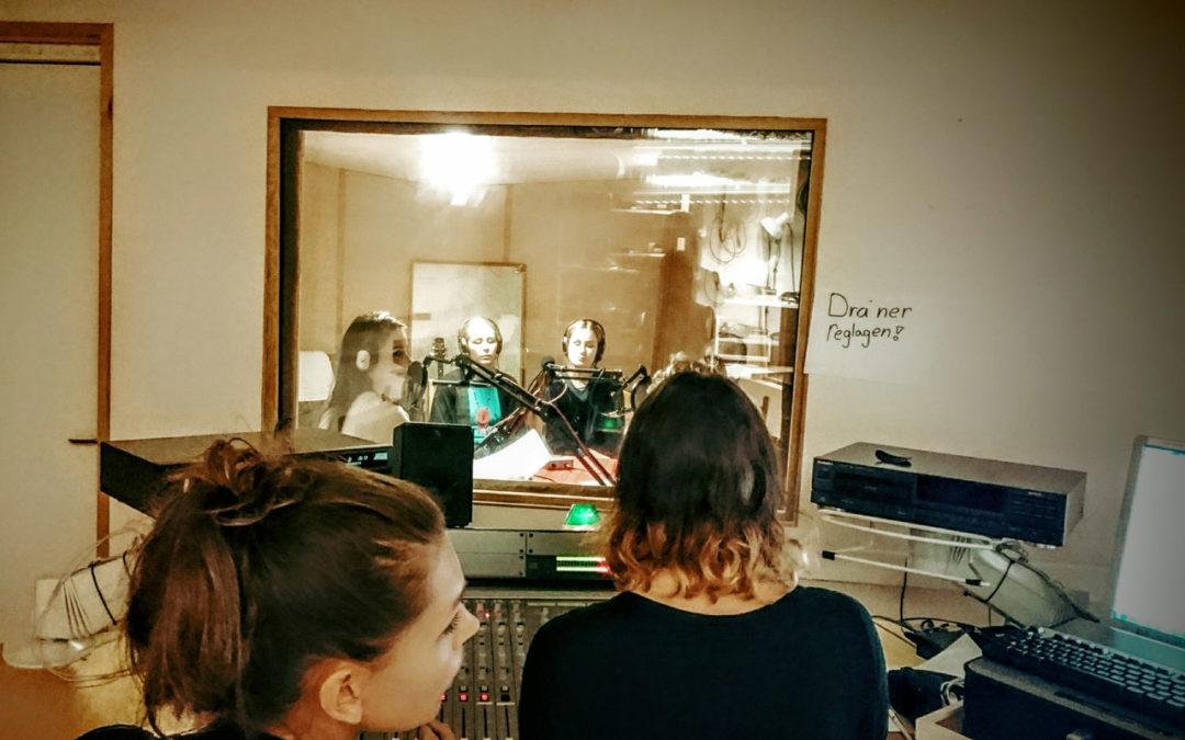 Mode, Lotta Lundgren och mensens intåg i finkulturen – Radio Enytt idag kl 11