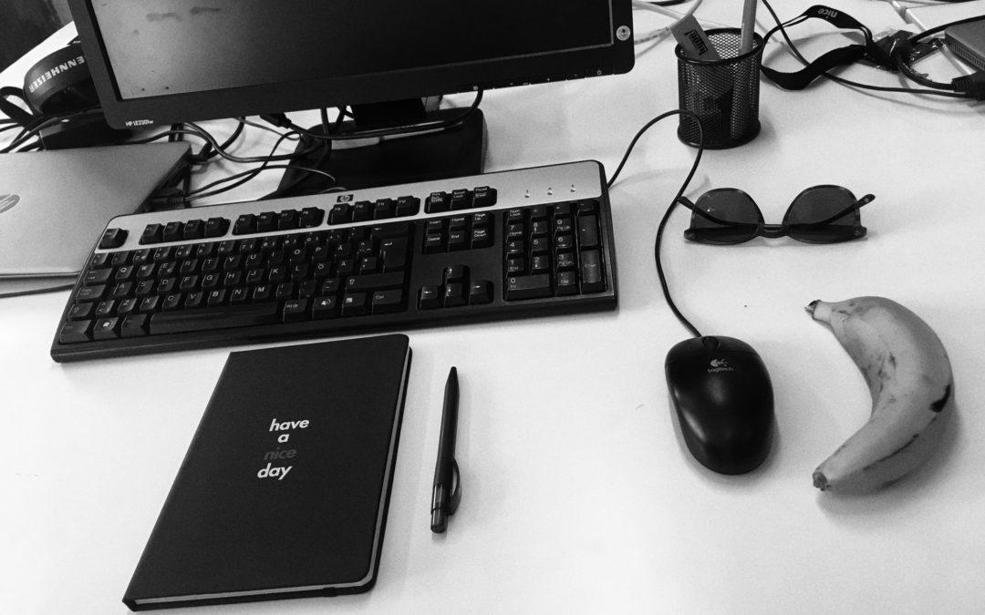 En dag på kontoret – följ Linn på journalistpraktiken