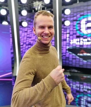 Fullspäckade dagar med eAllsvenskan – följ Anton på långpraktiken