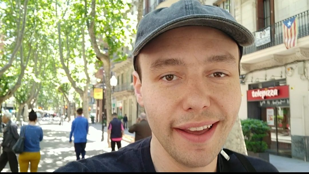 Reportageresa Barcelona – följ Erik på radiojobb om callcenter