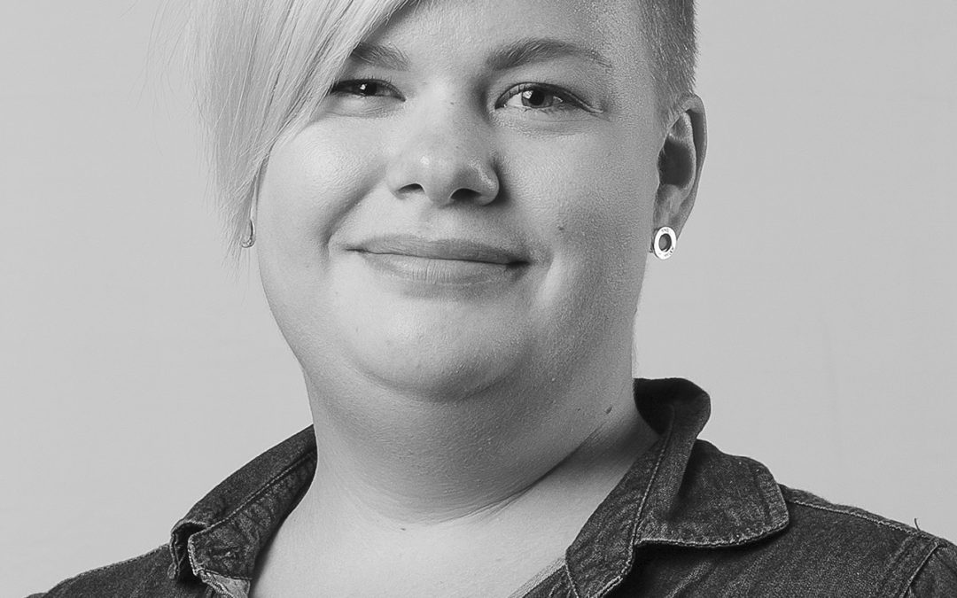 Penna och papper vs spela in – följ Anna-Karins praktikdagbok från Länstidningen i Södertälje