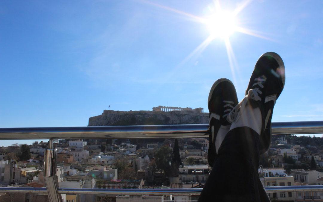 Intryck och insikt – följ journalisttvåorna på reportageresa i Aten