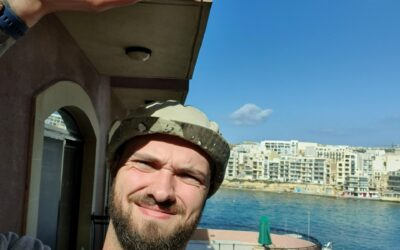 Fredrik gör relationsreality på Malta på sin praktik