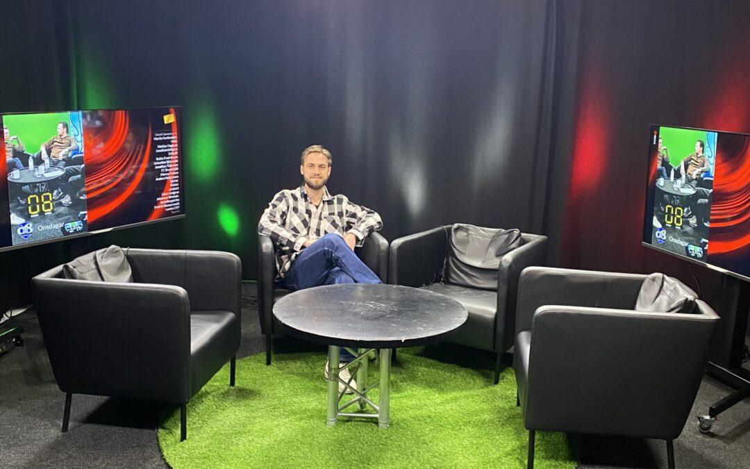 Fotbollsälskande Carl klipper spansk fotboll på Dobb-TV